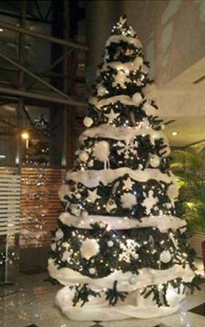 Noleggio albero di natale ecologico 5 mt speciale for Arredi natale