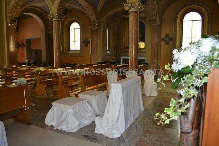 Noleggio inginocchiatoio sposi a milano