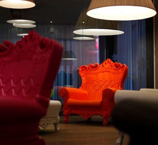 Noleggio Poltrona Queen of love Mandarin orange a Milano